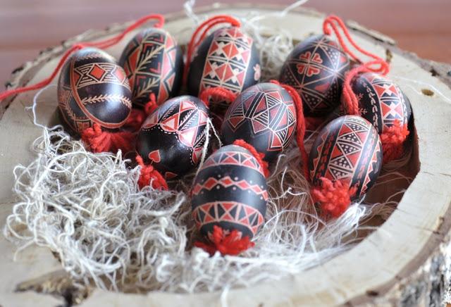 Easter+Eggs-Slovenia.jpg