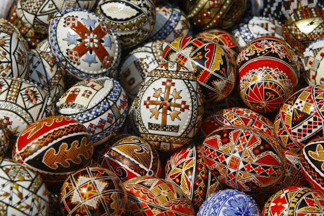 Easter+Eggs-+Romania.jpg
