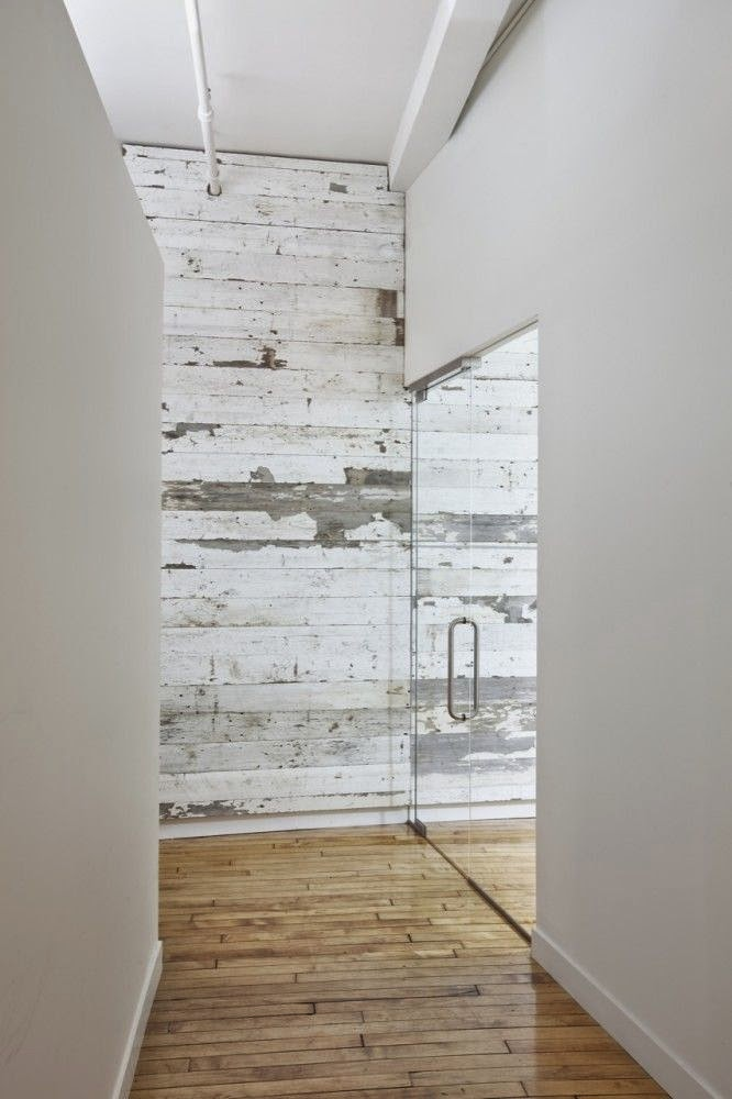 white+reclaimed+wood+wall.jpg