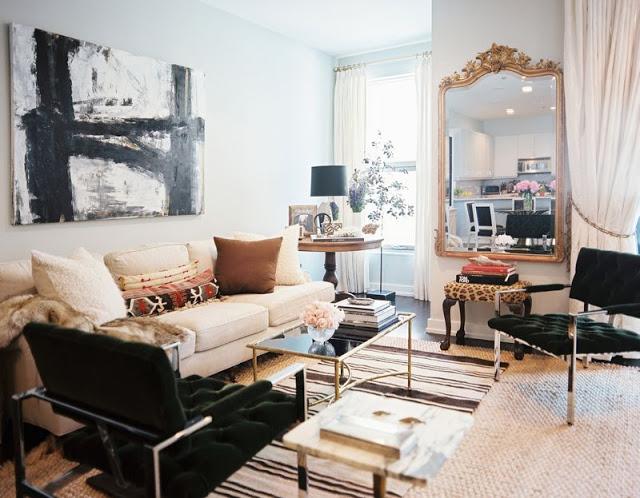 gilded+mirror+in+living+room.jpg