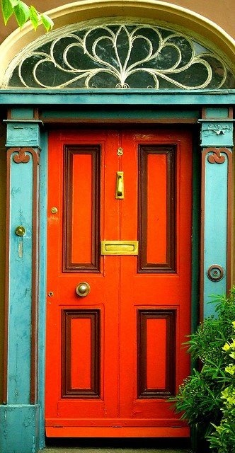 orange+and+turquoise+doorway.jpg