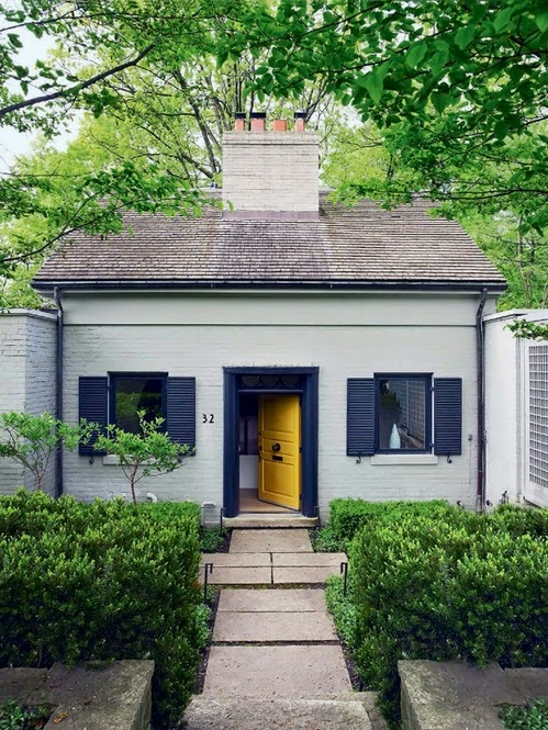 white+house+black+trim+yellow+door.jpg