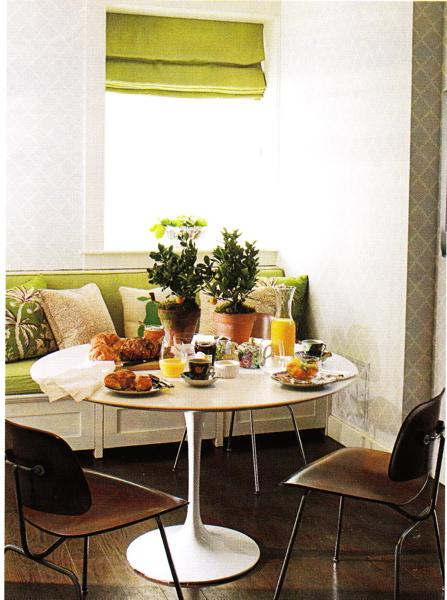 tulip+table+and+banquette.jpg