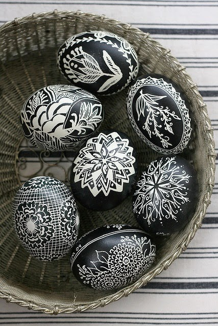 black+and+white+easter+eggs.jpg