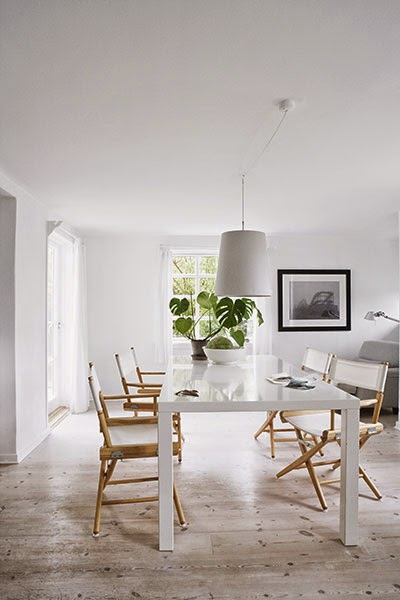 white,+wood+and+natural+dining+room.jpg