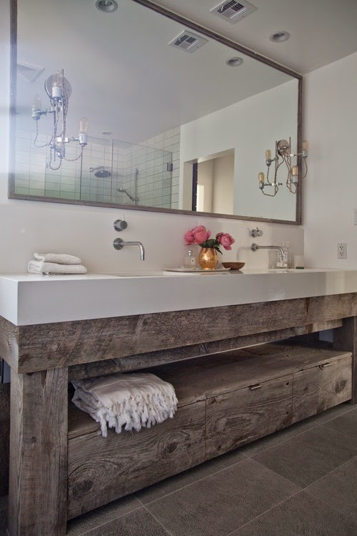 How to Use Reclaimed Barn Boards in the Bathroom ...