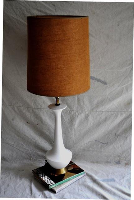 vintage+white+lamp.jpg