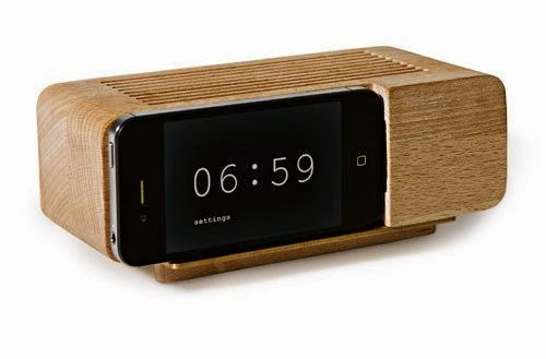 sustainable+wood+alarm+clock.jpg