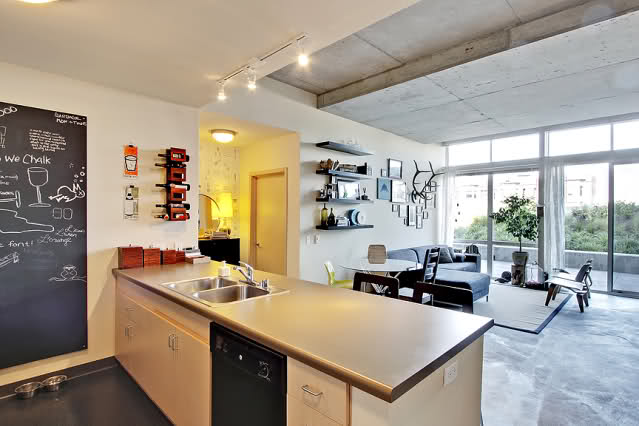 loft+with+concrete+ceiling.jpg