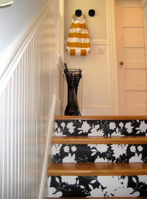 wallpapered+staircase.jpg