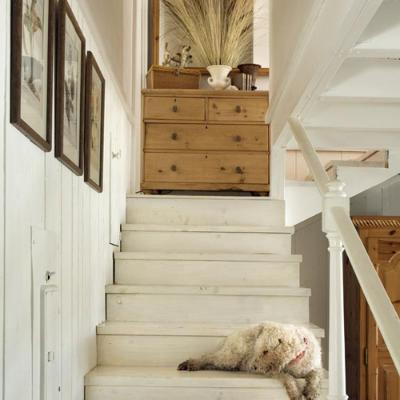 Exceptional Whitewashed+wood+stairs