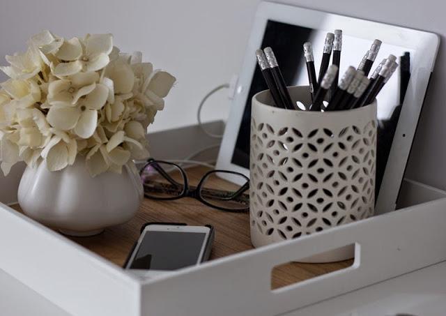 desk-tray.jpg