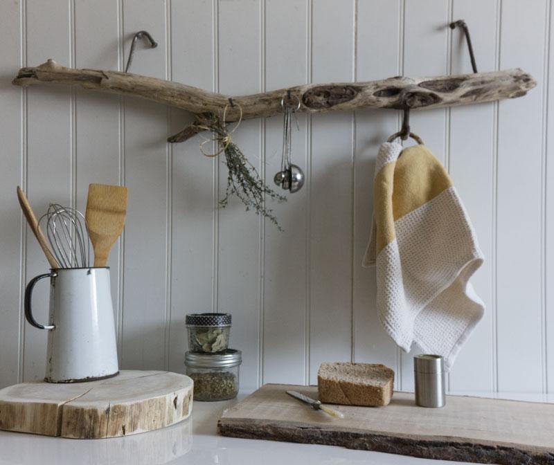 driftwood kitchen hanger
