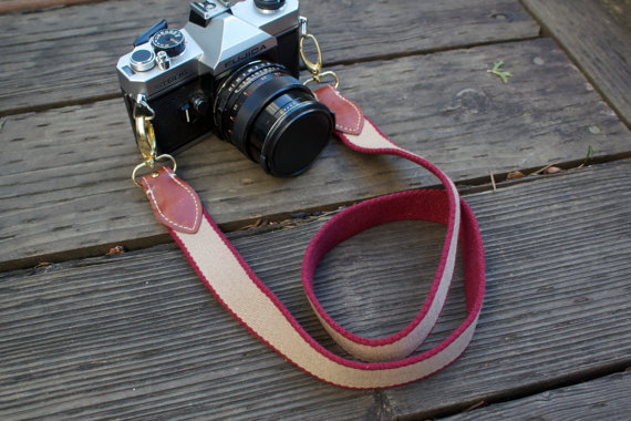 recycled camera strap - sustainable gift guide