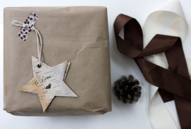 natural eco-friendly gift wrap with birch bark gift tag