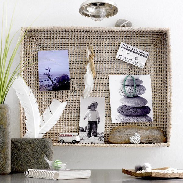 using sticks and stones to decorate