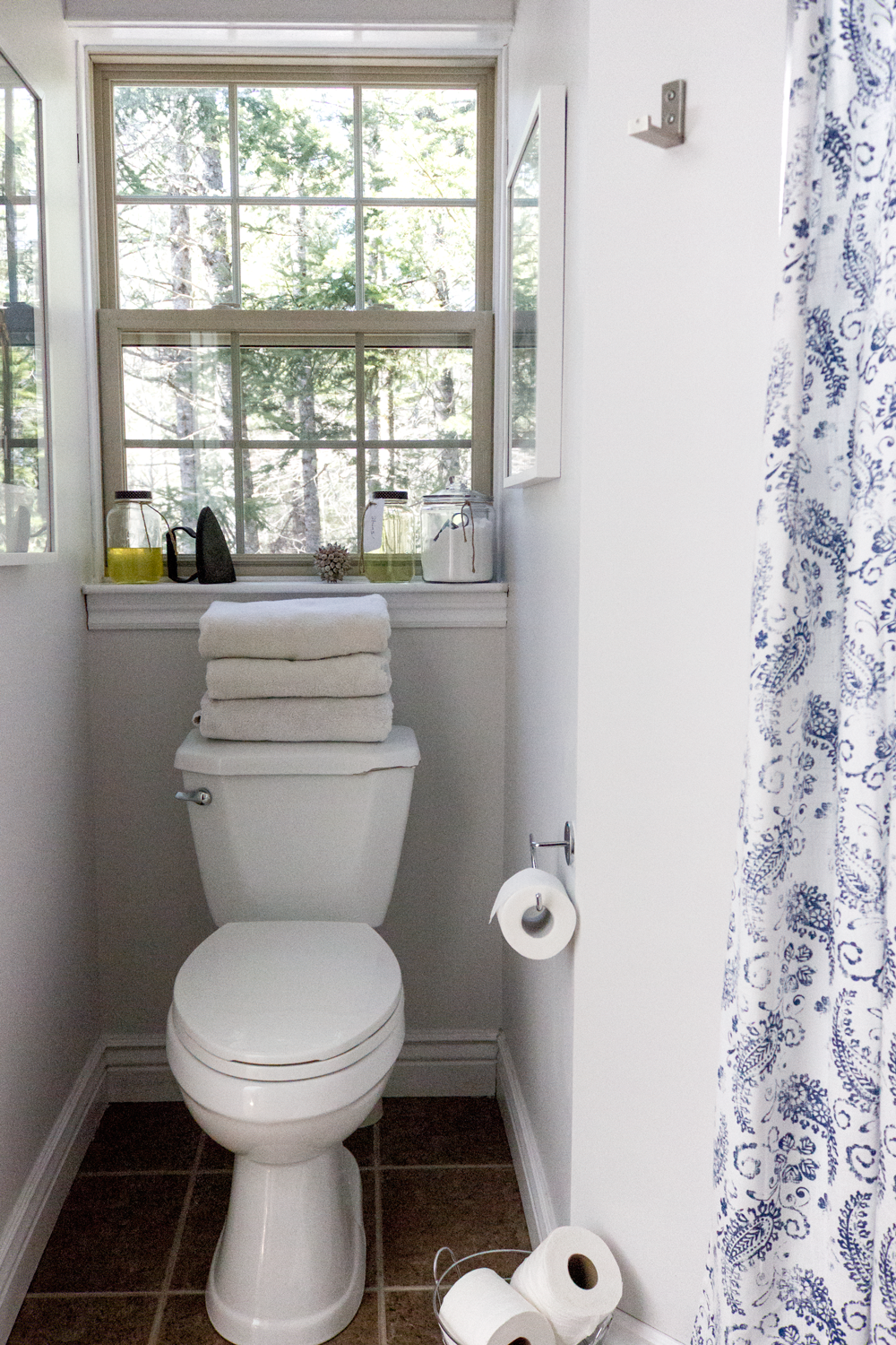 simple and quick bathroom refresh with paint and new shower curtain