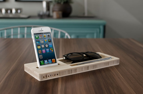 wood phone and wallet dock