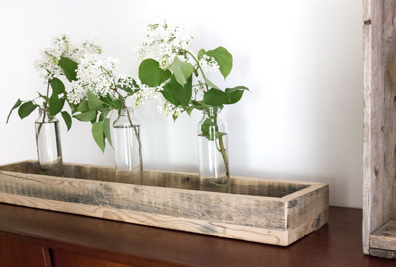 DIY wood tray for centrepiece vignette