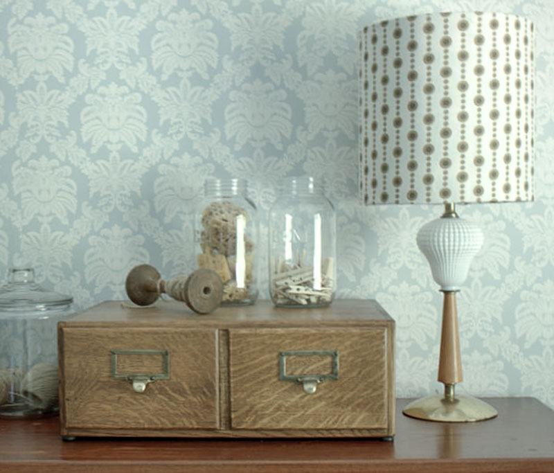 budget table lamp option- refresh a vintage lamp and shade with paint and fabric