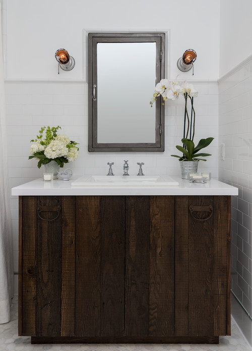 why and how to use reclaimed barn boards in the bathroom