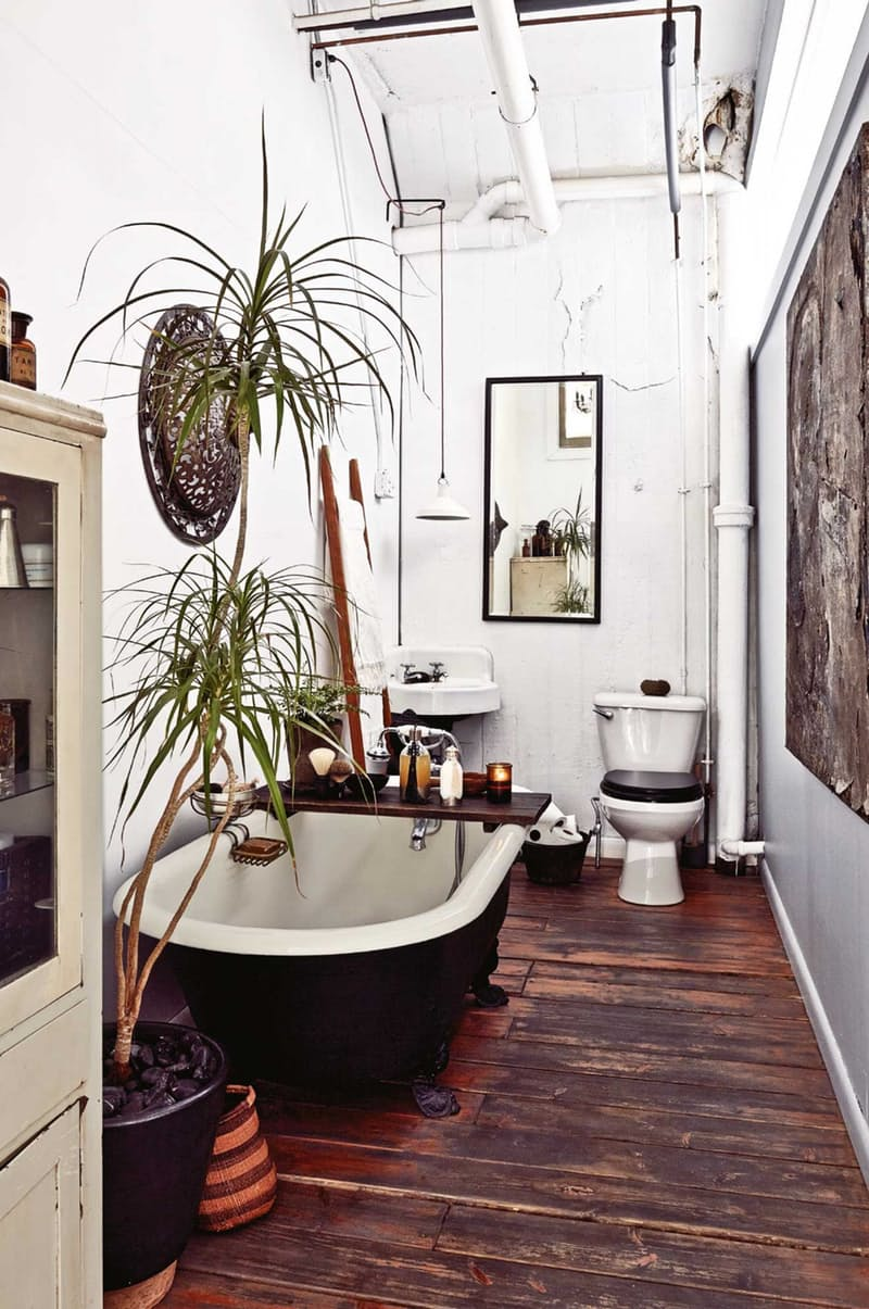 using reclaimed wood barn board floors in bathroom