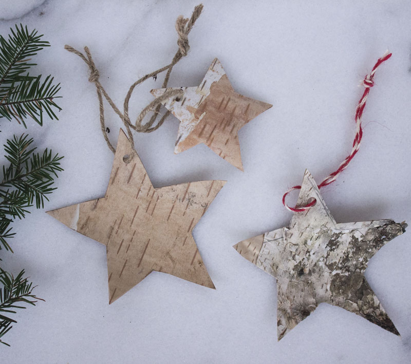 environmentally friendly, natural, simple gift wrap and tags