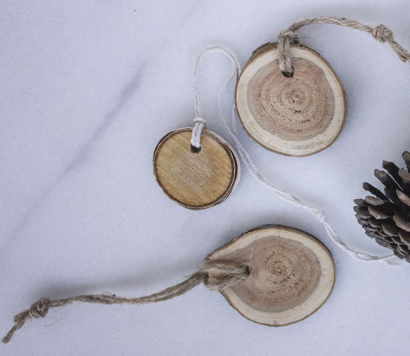 wood slice tags as natural gift wrap