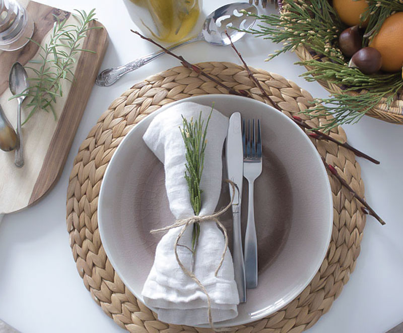natural, budget friendly holiday table ideas