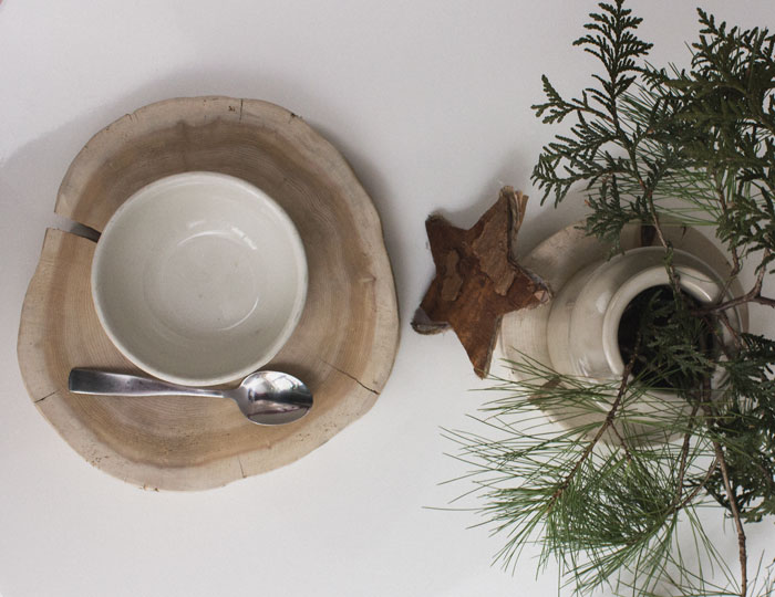 simple holiday brunch table