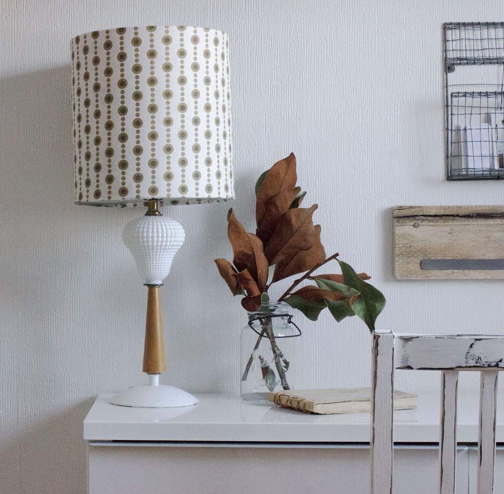 DIY vintage lamp with new shade