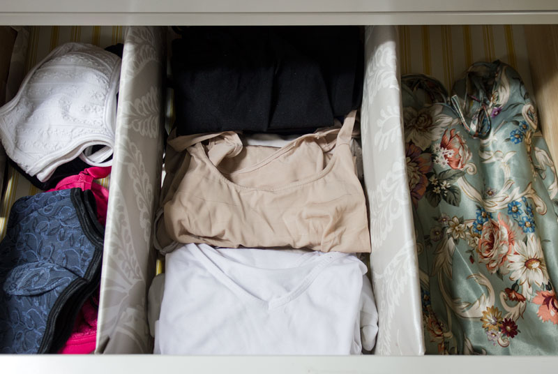 dividing dresser drawers - 15 steps to an organized wardrobe