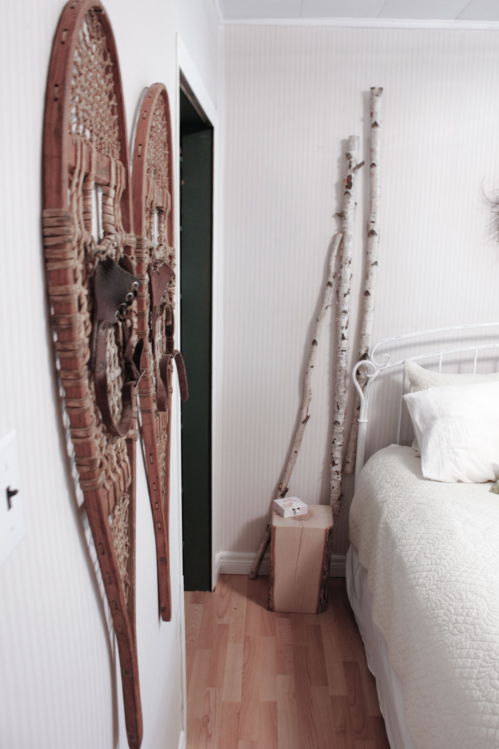 using birch branches as decor