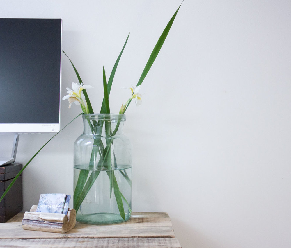 How White Walls at Home Can Create White Space in Life