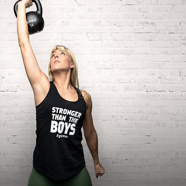 For all you strong ladies 💪🏻 STRONGER THAN THE BOYS 😉  #spreadnew #crossfit #training #tanktop #sporttanktop #sportshirt #athlete #fashionfriends #fitnessapparel #keeppushing #keepfit #strong #strongirl #keepfighting #spreadstage #spreadastic #instafashion #instapic #47shirts #shirt #tshirtdesign #lifinglife #weightliftinggirls