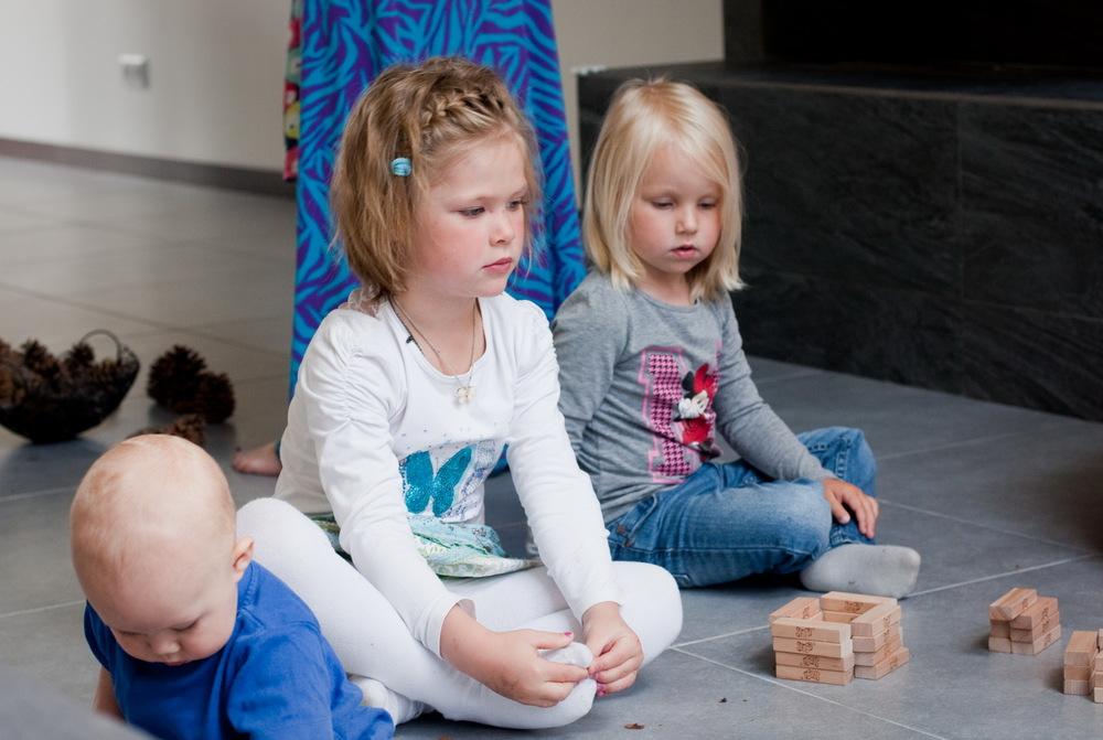 Каждому ребенку нужно свое количество времени, чтобы осознать происходящее.