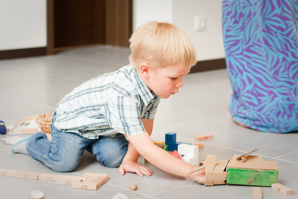 Возможность самостоятельно найти решения и ответы повышает уверенность и увлеченность ребенка.