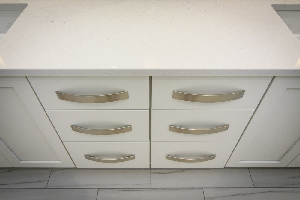 White cabinets, soft close hardware, quartz countertops, large format tile, Vestavia Hills, Liberty Park, Alabama, Remodel, Renovation.