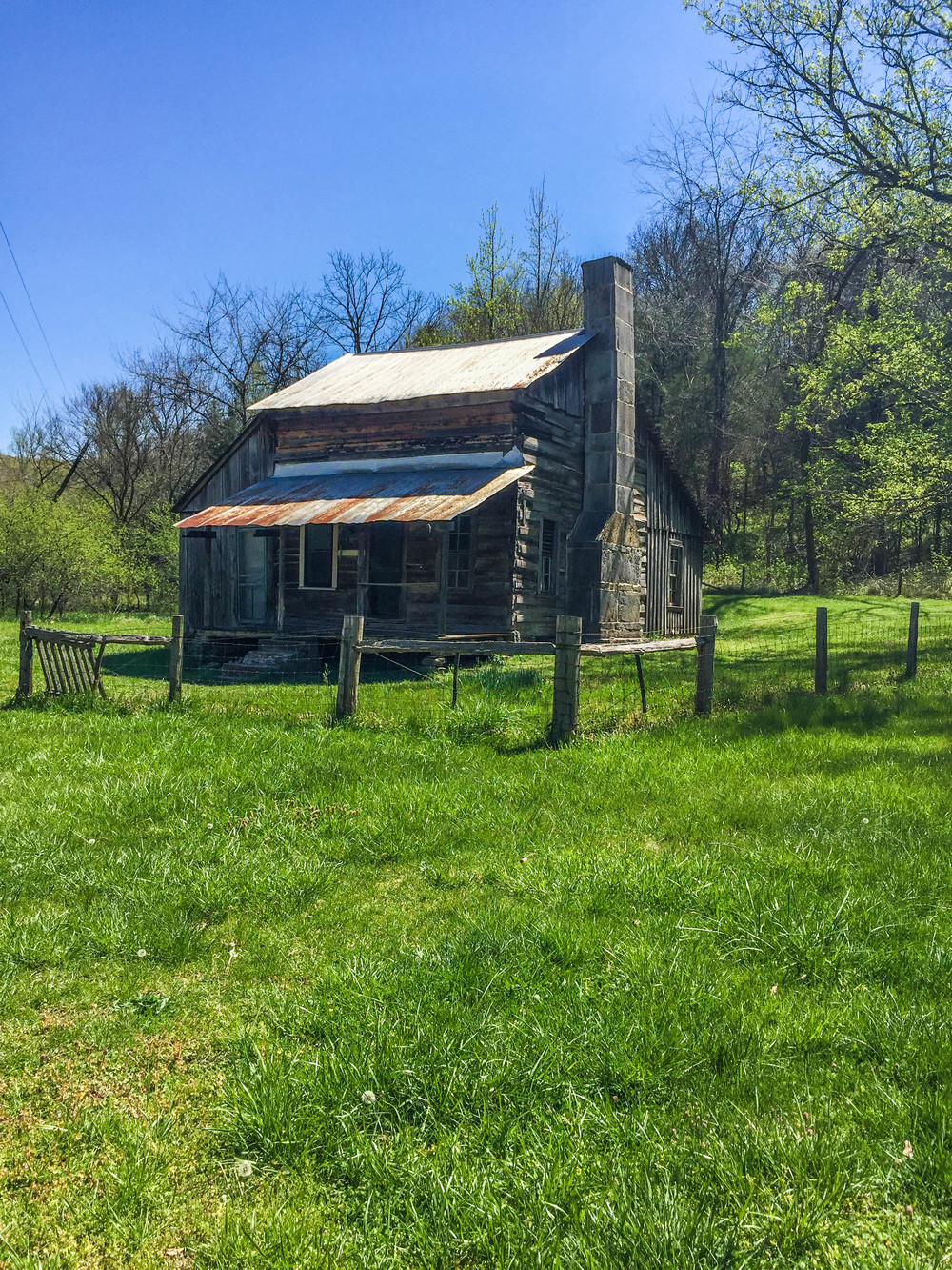 In addition to the natural wonders along the Buffalo River, backpackers can also see cabins from the days of the pioneers, like Slatey Place.