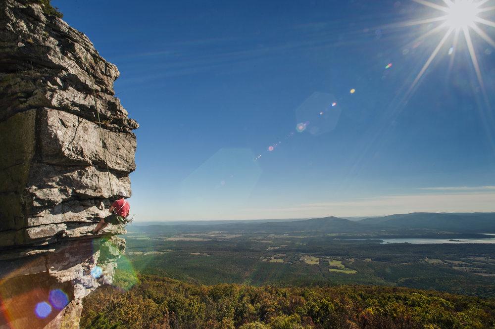 Mount_Magazine_Rockclimbing_112016_MEO_1878.jpg