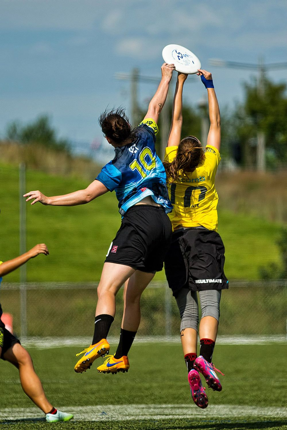 Competition for the disc during the All-Stars vs. D.C. Scandal game. Photo credit Steve Helvin