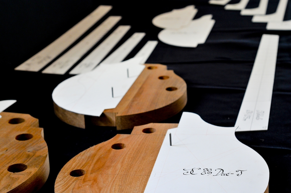 Forms and Patterns for the Dué (two-point) Mandolin Family, based on the geometry of Cremonese violins and the Stradivari materials in Cremona, Italy.