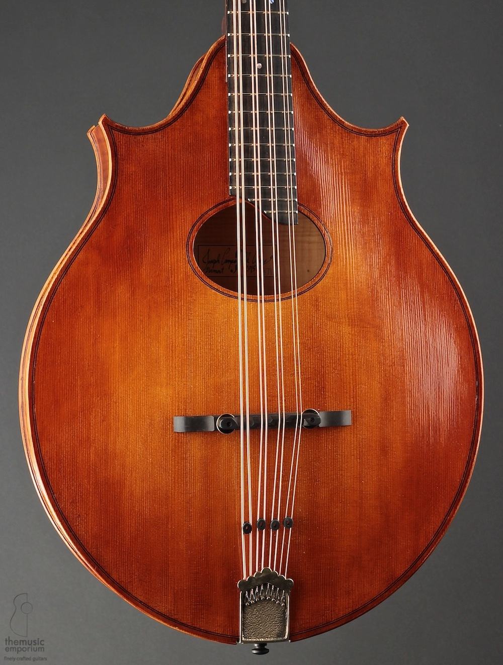 CAM-CELLO_750_1.jpg