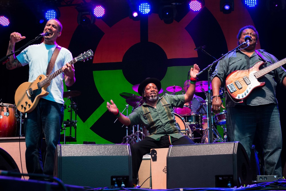 Ben Harper and the Innocent Criminals Forecastle 2016-1-2.jpg