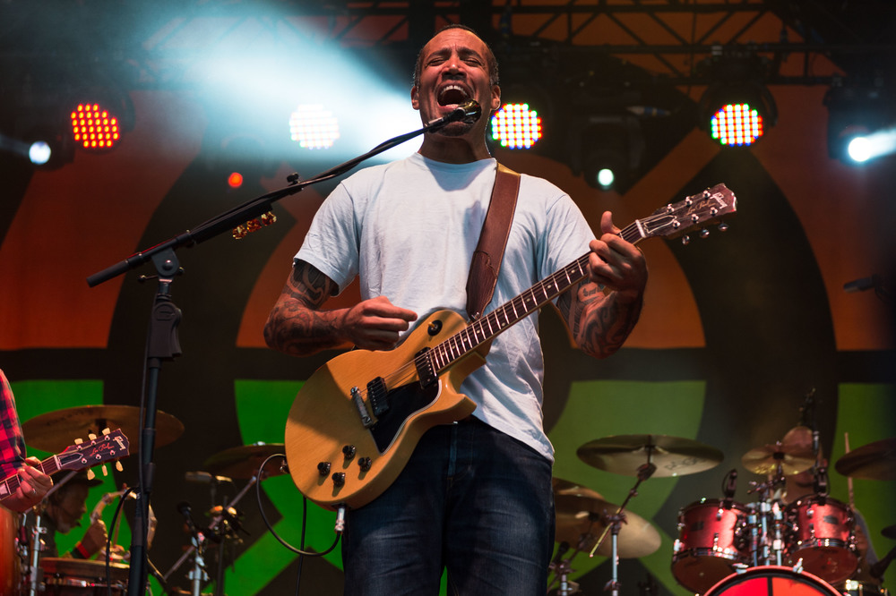 Ben Harper and the Innocent Criminals Forecastle 2016-2.jpg