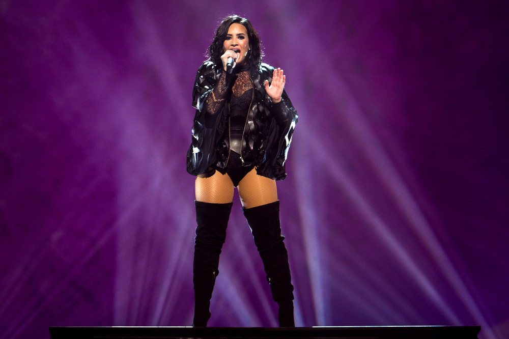 Demi Lovato -6.jpg