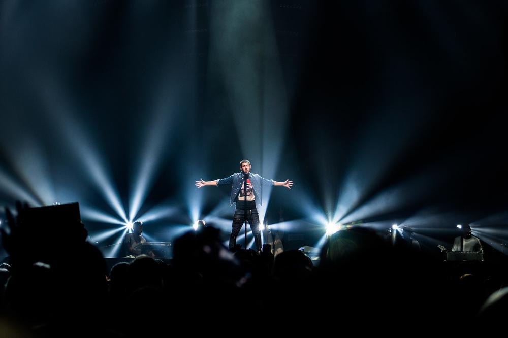 Nick Jonas-6.jpg