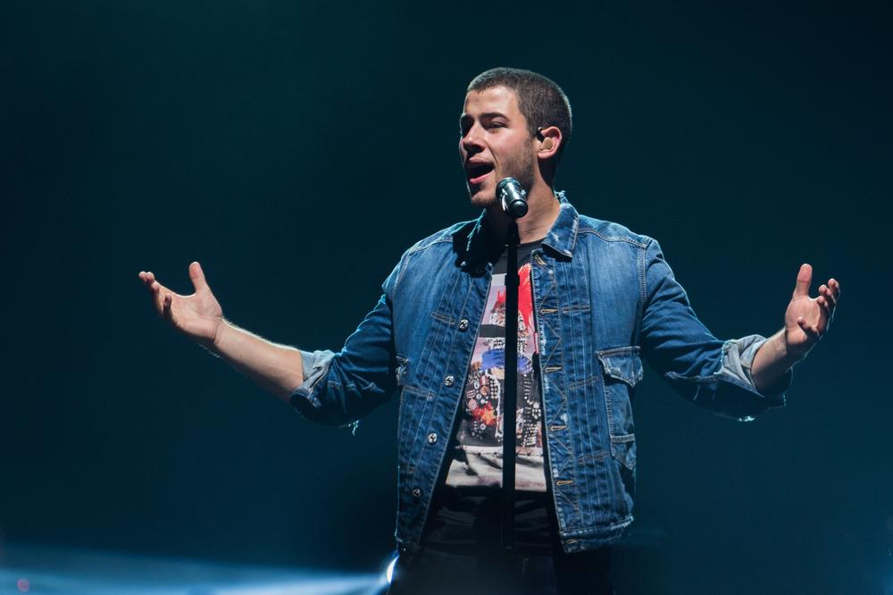 Nick Jonas-7.jpg