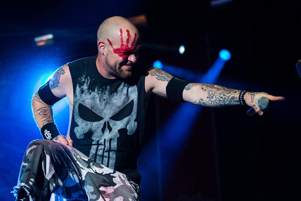 Five Finger Death Punch Sep 30 2017-19.jpg