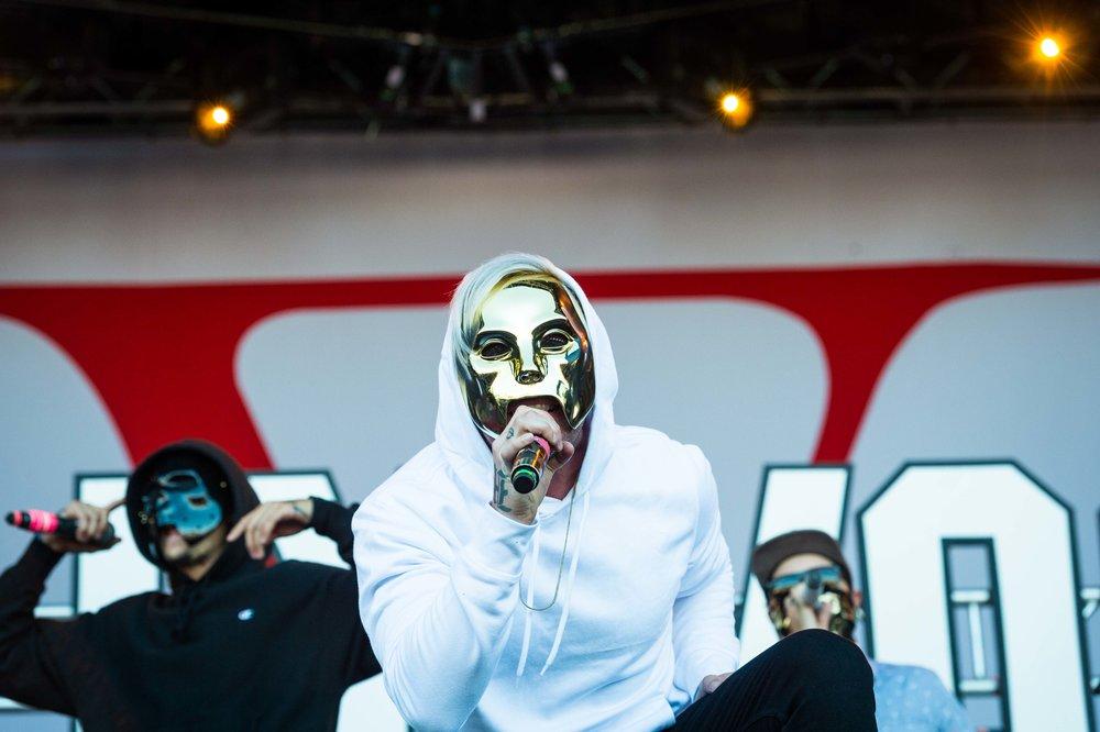 Hollywood Undead 1.jpg